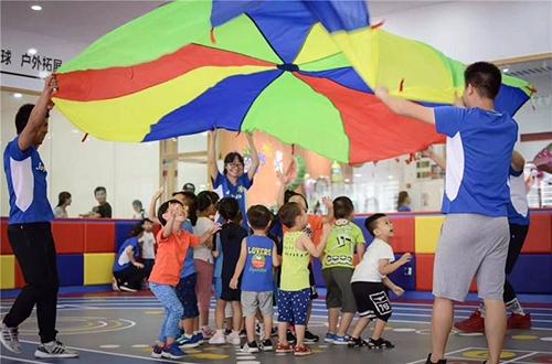 卓跃儿童运动馆加盟