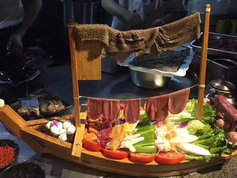 山水溶洞火锅加盟 精美菜品
