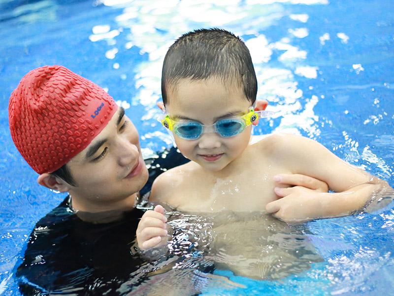 覓蒙親子游泳加盟 覓蒙體智能親子游泳加盟