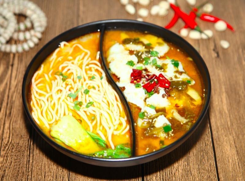 魚兮兮太極酸菜魚加盟 魚+面
