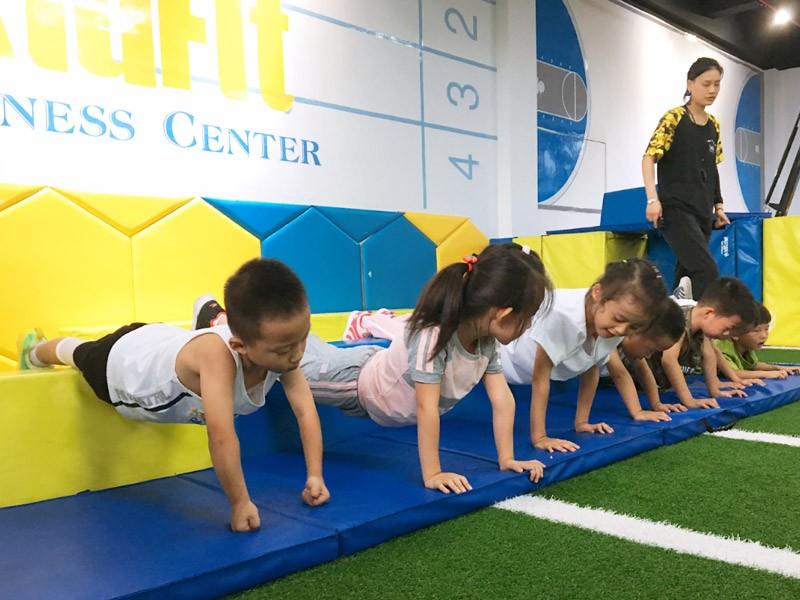 ikid少儿体能中心加盟 爱酷体能运动馆加盟